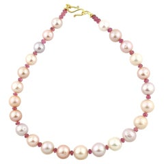 Splendid Peach Pearls and Pink Tourmaline Gemstones Necklace