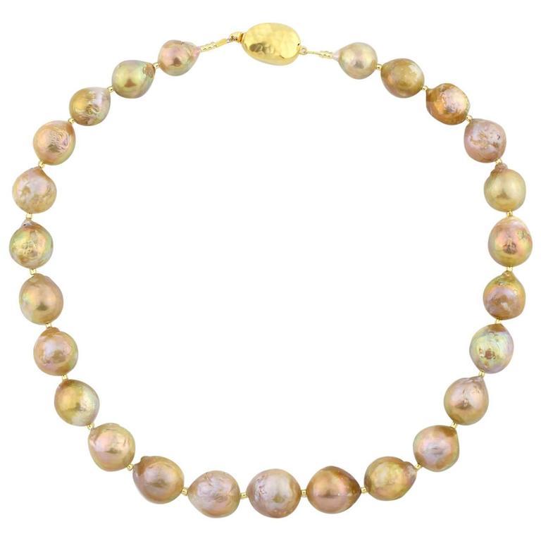 Golden color Wrinkle Pearls necklace