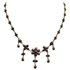 Victorian Garnet Necklace in a Floral Design with Tear Drop Briolettes