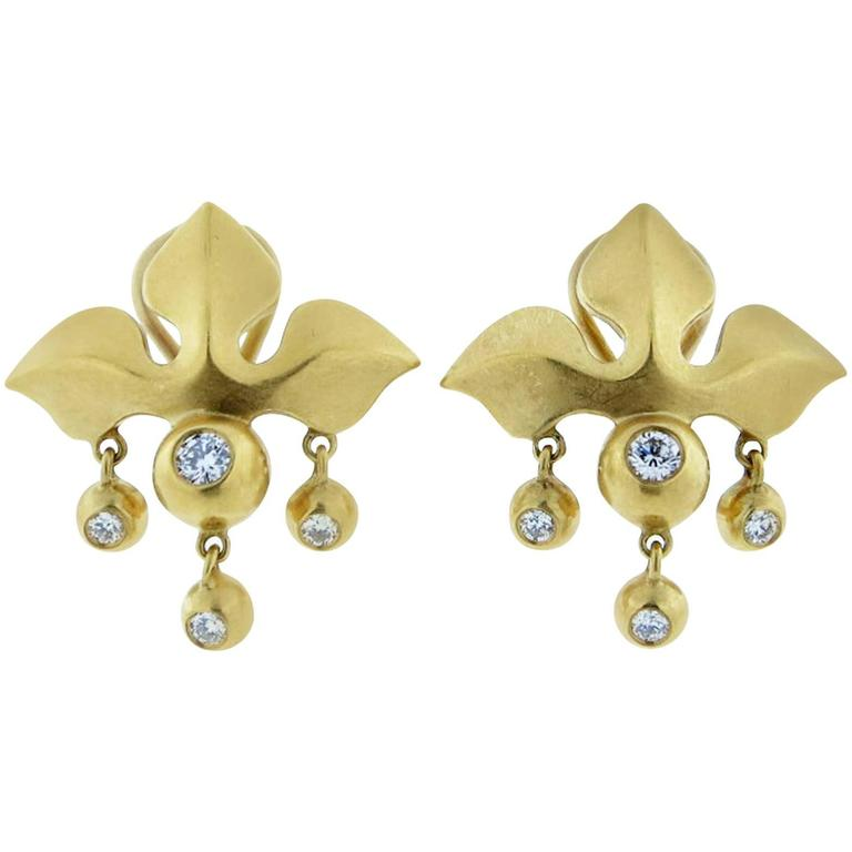 Elizabeth Rand Fleur de Lys Diamond gold matte finish Earrings
