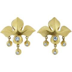 Elizabeth Rand Fleur-de-Lys Diamond Gold Matte Finish Earrings