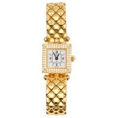 Van Cleef & Arpels Ladies Classique Diamond Bezel Quartz Wristwatch