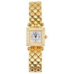 Van Cleef & Arpels Ladies Classique Diamond Bezel Quartz Wristwatch