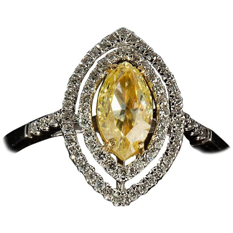 Marquis Cut Natural Fancy Yellow Diamond Gold Ring For Sale at 1stdibs