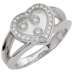 Chopard Happy Heart Diamond Ring 0.27 Carat 18 Karat White Gold