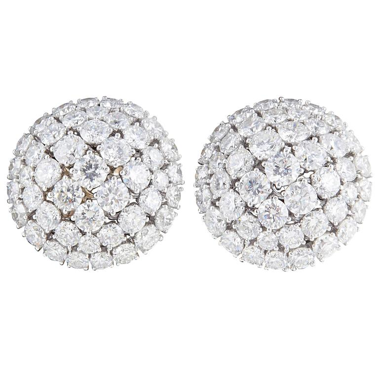 Diamond Scene Beautiful Diamond Gold Dome Earrings