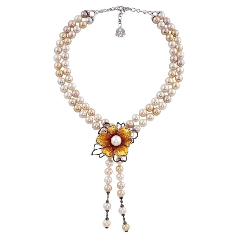 White Diamond Pearl 18 Karat Gold Mosaic Flower Choker Necklace For Sale