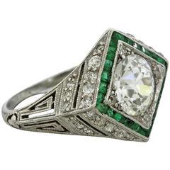 1920 Art Deco 1.70 carat  Diamond Emerald Platinum Engagement Ring
