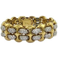 Garavelli Gold Link Bracelet with Pave Diamond Connectors
