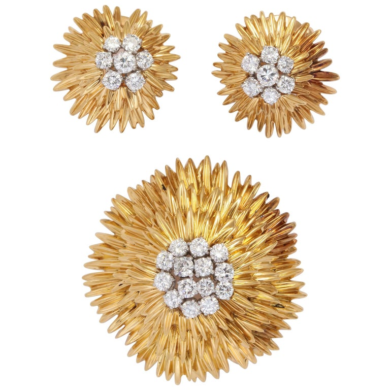 1960s Van Cleef & Arpels Paris Diamond Gold Suite
