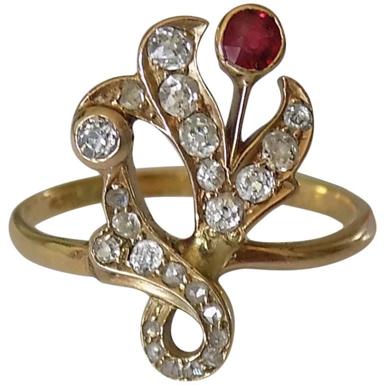 1890s Art Nouveau Diamond Garnet Gold Ring