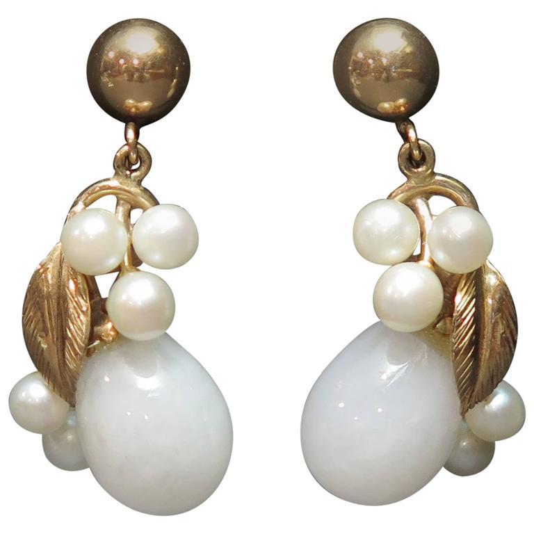 1950s Pearl White Jade Gold Screw Back Earrings