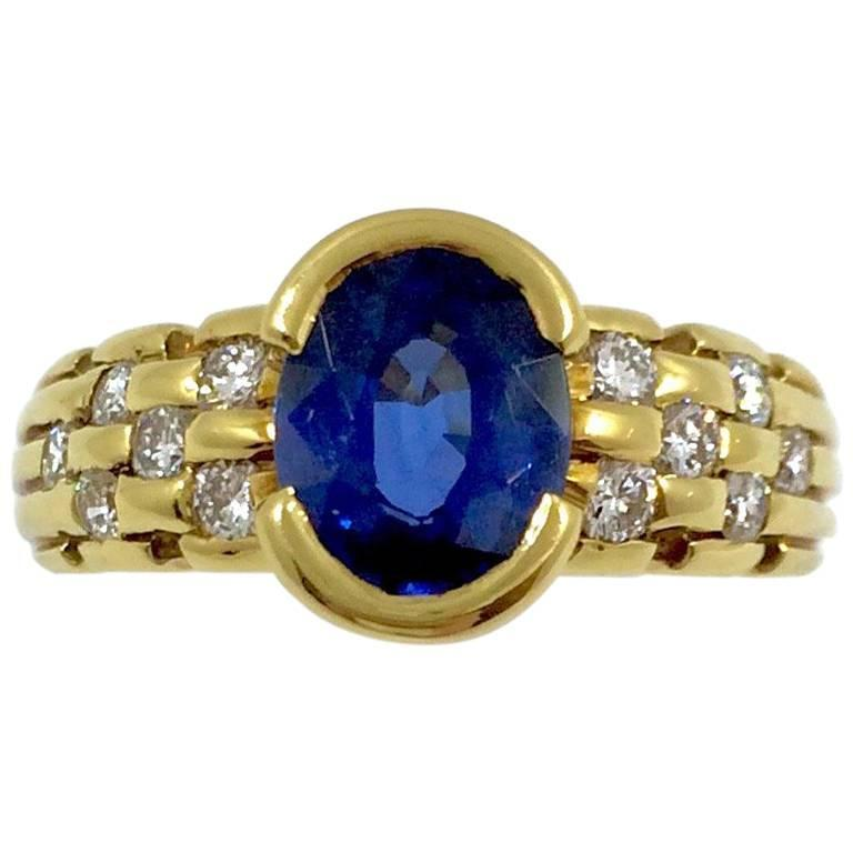 Ceylon Sapphire Diamonds Gold Ring For Sale