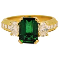 Fine Brazilian Emerald Diamond Ring with American Gem Lab Report