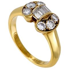 Van Cleef & Arpels Diamond Gold Bow Ring