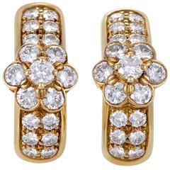 Van Cleef & Arpels Fleurette Diamond Yellow Gold Earrings