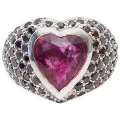Heart-Shape Ruby Black Diamond Gold Cocktail Ring