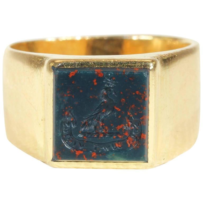 Antique Fascinating Scottish Victorian Bloodstone  Intaglio Gold Signet Ring