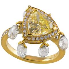 GIA Certified 2 carat Triangular Fancy Yellow Diamond Gold Ring