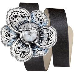 Stylish Wristwatch White & Black Diamond White Gold Quartz Movement