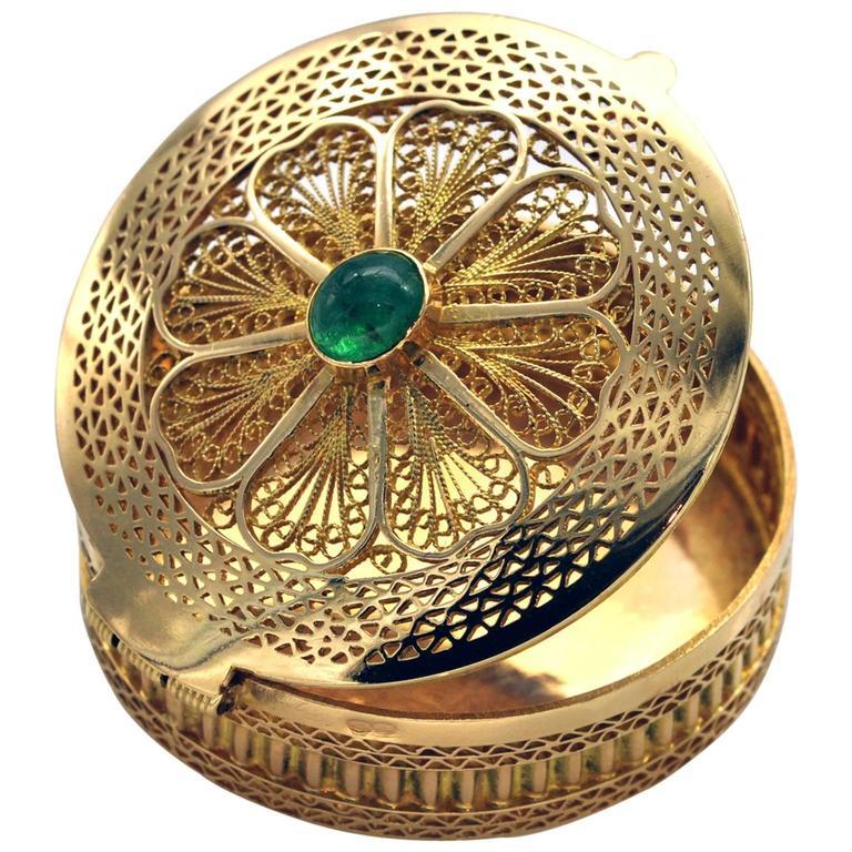 Emerald and Gold Filigree Pill Box