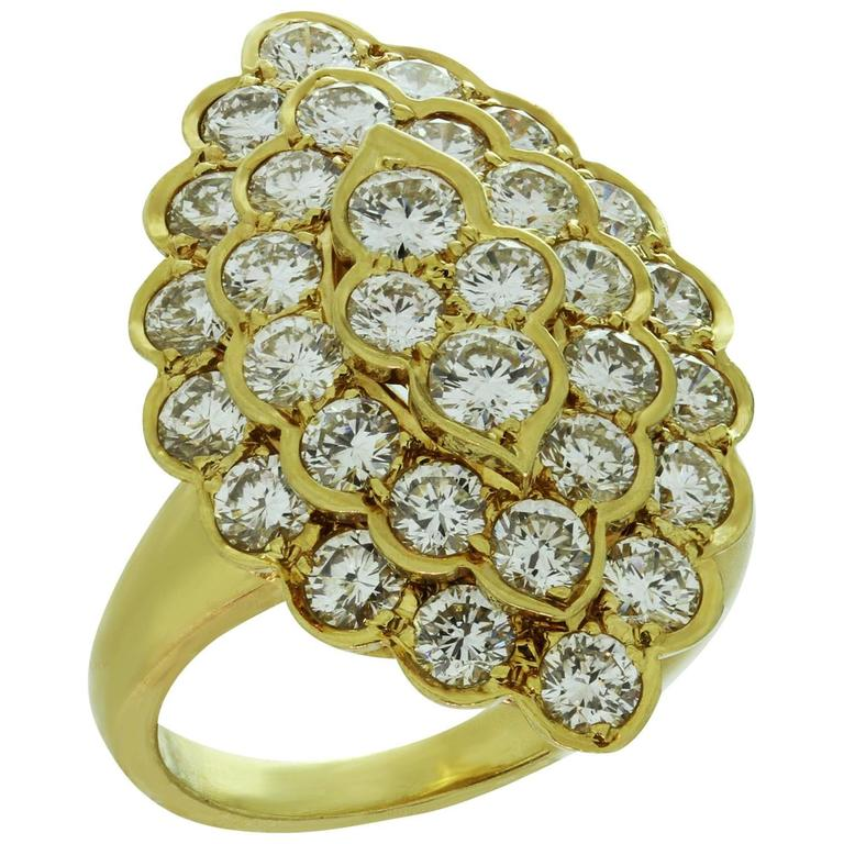 1980s VAN CLEEF & ARPELS  Diamond Yellow Gold Ring 1