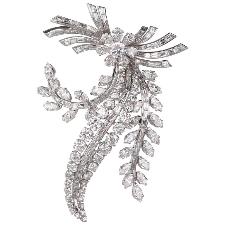 French 1950s Important Diamond Flower Brooch