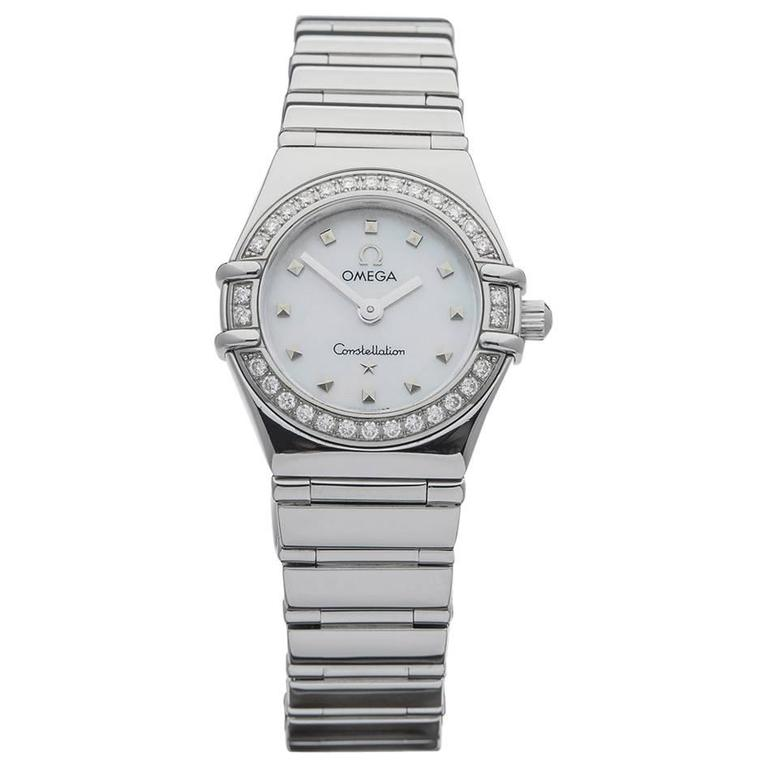 93bcf7ecd25 Omega Ladies Constellation Mother of Pearl Dial Quartz Wristwatch  1466.71.00 For Sale