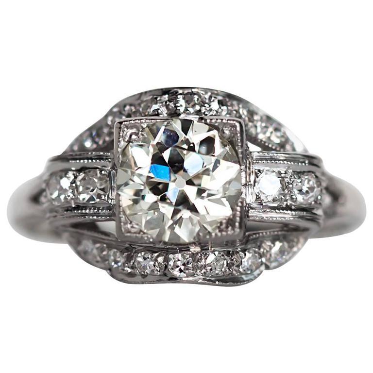 1920s Art Deco Platinum GIA Certified 1.04 Carat Diamond Engagement Ring
