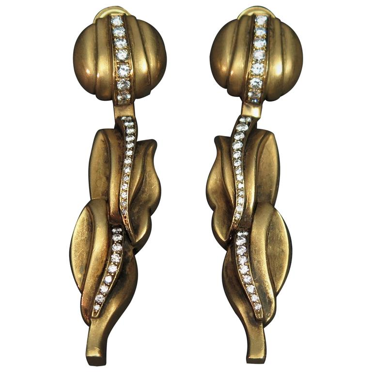 Kieselstein-Cord Diamond Gold Drop Pendant Clip Earrings