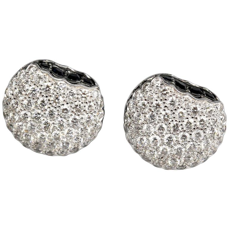 BOUCHERON Macaron  Diamond Gold Stud Earrings For Sale