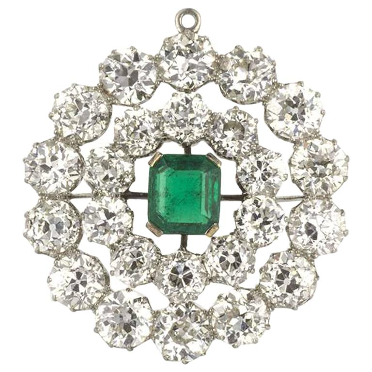 20th Century Stunning Emerald and Diamond Brooch/Pendant