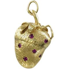 Beautiful Ruby Gold Strawberry Charm Pendant