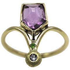 Pink Tourmaline, Green Diamond, White Diamond in Yellow Gold Ring