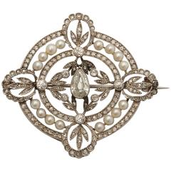 1910 Edwardian Delicate And Reticulated Diamond With Pearls Platinum Brooch