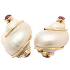 1940s Seaman Schepps Ruby Shell Design Turbo Gold Earclips