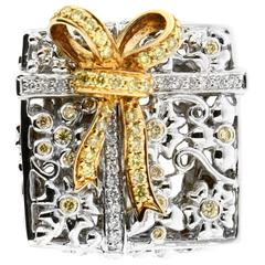 Dazzling Yellow and White Diamond Gold Palladium Ring