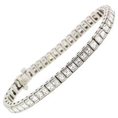 Modern Princess Cut Diamond Gold Straight Line Bracelet