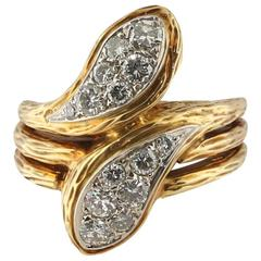 Van Cleef and Arpels Diamond and 18 Karat Yellow Gold Bypass Ring