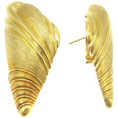 Henry Dunay Yellow Gold Sea Shell Ear Clips
