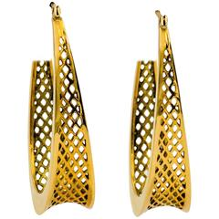 Ray Griffiths 18 Karat Gold Hoop Earring