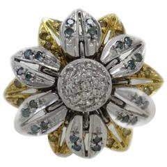 White Blue Yellow Diamonds Cluster 18 kt Gold  Ring