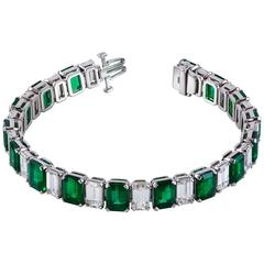 Important Emerald and Diamond Bracelet