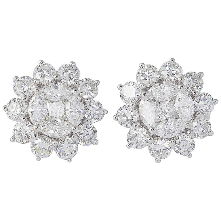 Unique Diamond Illusion Stud Earrings with Halo Design