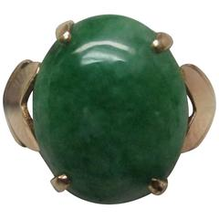 Jade Cabochon 18 Karat Ring