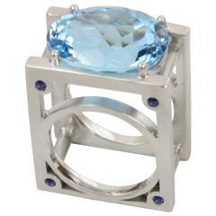 Avant-Garde Blue Topaz Sapphire Ring