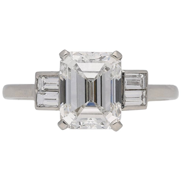 Art Deco Emerald-Cut 2.09 Carat Diamond Baguette Flanked Solitaire Ring