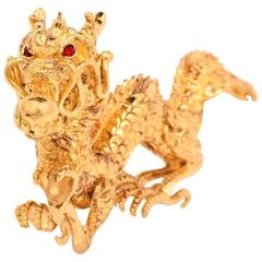 1970s Chinese Garnet Yellow Gold Dragon Figurine