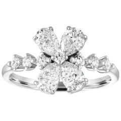 1.58 Carats Diamond Flower White Gold Ring