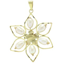 Luise Pearl Yellow Gold Flower Pendant